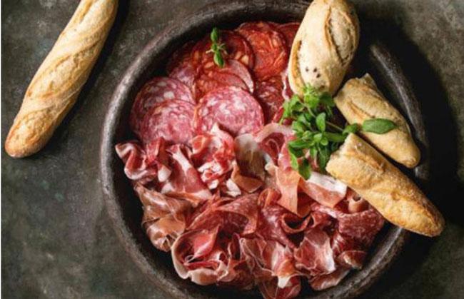 肉类熟食被疑为李斯特菌源头。(示意图)