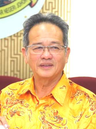 张锦昌吁请神庙领导层,应严加自我约束。