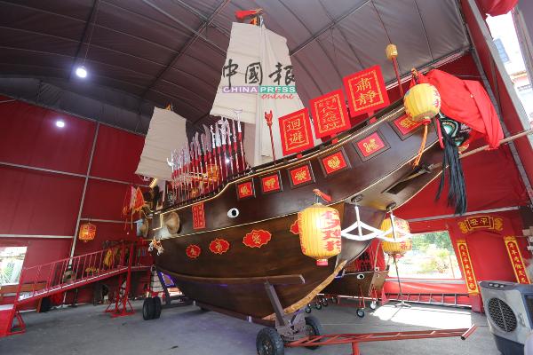 """""""国安号""""王舡不受疫情影响,如期完成造船工作。"""