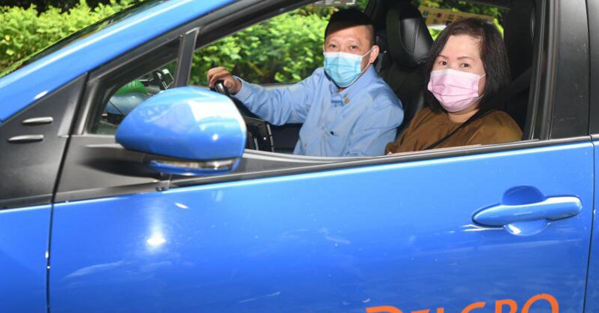 好心司机陈玉山,免费载送王紫林往返医院。