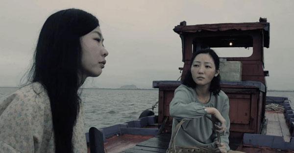 《南巫》由大马演员吴俐璇(右)和云镁鑫主演。