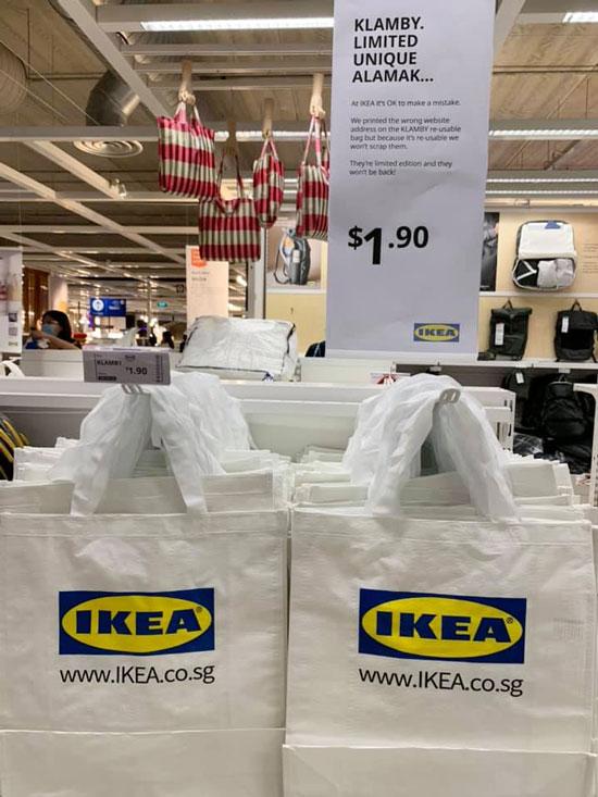 """新加坡宜家分店售卖的""""KLAMBY""""环保袋,附上售卖相关商品说明。"""