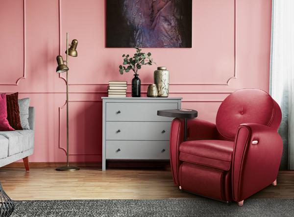在现代时尚风格的家居中,樱桃红uDiva 2成为舒适温馨的焦点。
