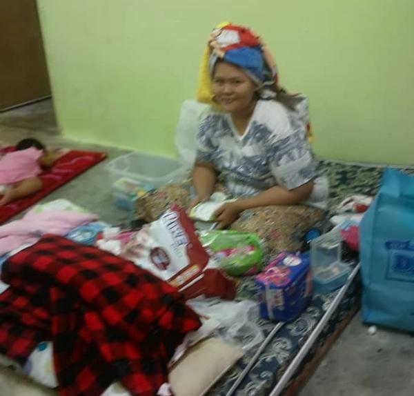 受惠者郑宝珠(41岁,彭亨文德甲),同样来自彭亨的水灾灾民。