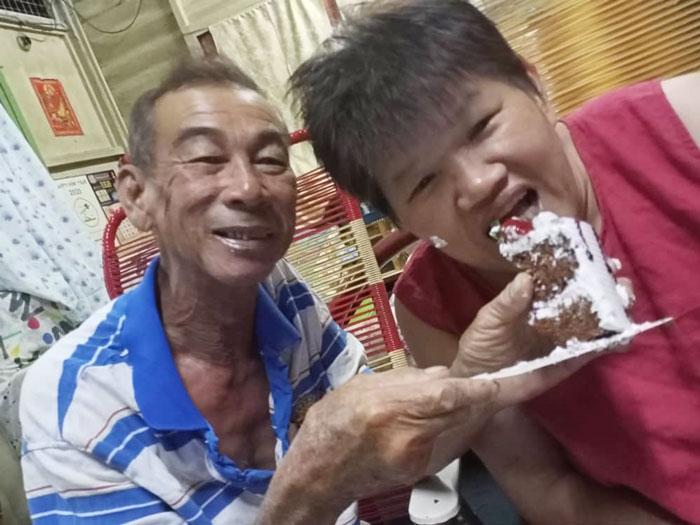 黃桂蓉去年11月生日,家人替她慶祝生日,享天倫之樂,可是此景已不復存在。