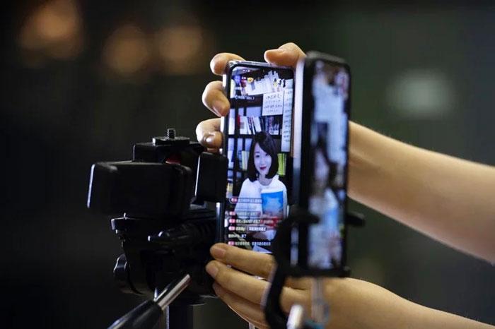中国短视频行业成了最赚钱行业。(中新社)