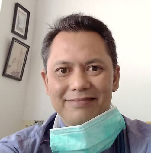 阿兹哈医生