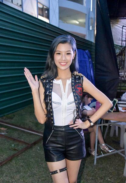 胡秀惠是歌台艺人,得知她情况好转,许多圈内好友和歌台迷纷纷献上祝福。(取自网络)