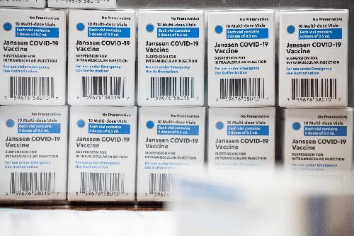 美国肯塔基路易斯维尔准备接受的庄生疫苗。(法新社)