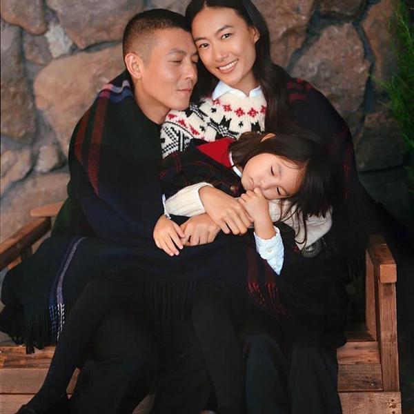 陈冠希如今有自己的家庭和潮牌事业。