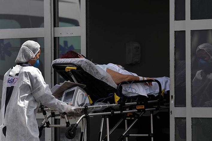 巴西利亚一间医院收治新冠肺炎患者。(美联社)