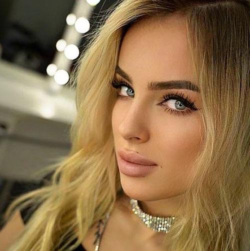 乌克兰女模艾卡特丽娜
