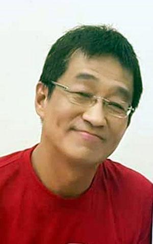 彭学良曾在1998年至2000年,出任行动党柔州主席。