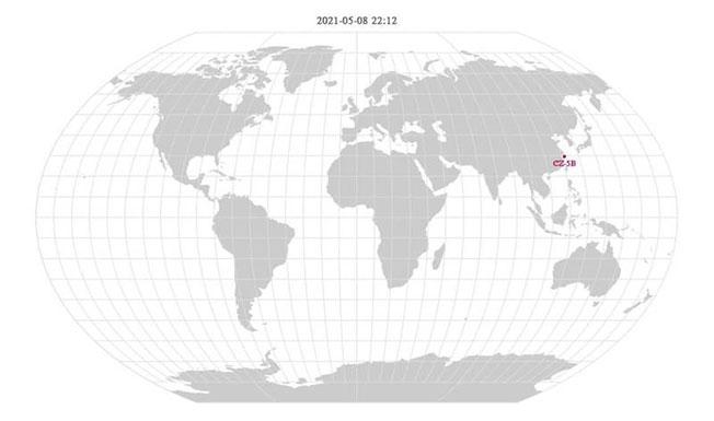 即时监测网站orbit.ing-now的模拟轨迹图显示,长征五号B遥二运载火箭残骸在周六晚间10点12分将通过台湾北方。