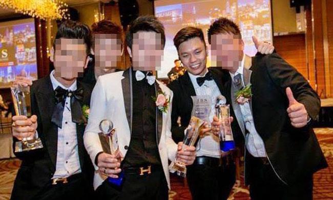 张子康(右2)因表现出色,获得集团表扬。