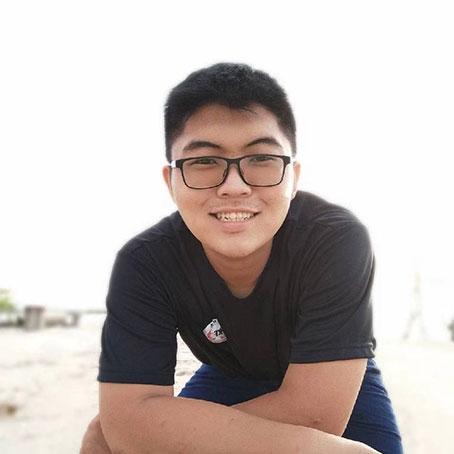 陳家偉與家人擔憂父親的安危。