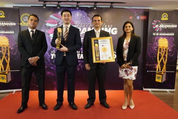 Reliance学院再度受肯定,在BrandLaureate颁奖礼上获颁最佳教育品牌之礼待学大奖。