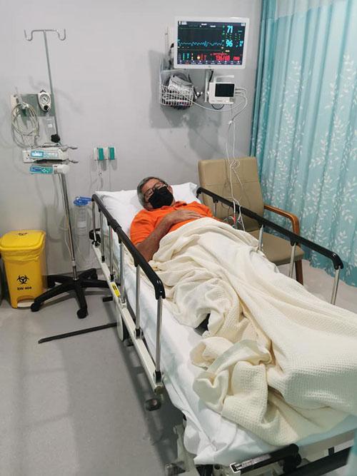 陈先生父亲入院初时还行动自如 ,惟到了最后1周却急转直下而逝世。