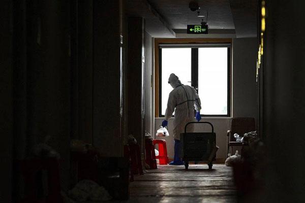 东京都14日出现首宗防疫酒店疫亡个案。(示意图)