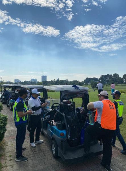 警方取缔高尔夫球球场,网上随后传出不实谣言。
