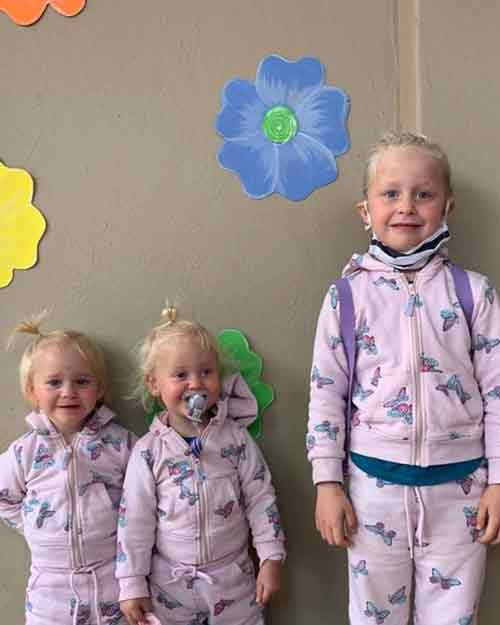 迪卡森和妻子萝伦育有大女儿和双胞胎小女儿。
