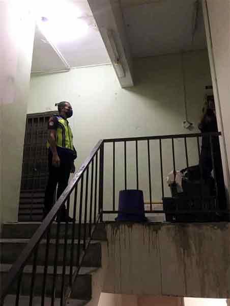 警方接获投报,迅速赶抵现场逮捕嫌犯。(取自面子书)